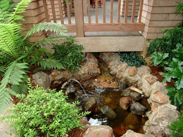 12_entry waterfall